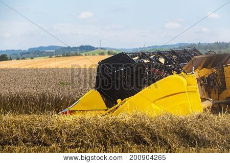 Summer Harvesting With Automatic Harvester