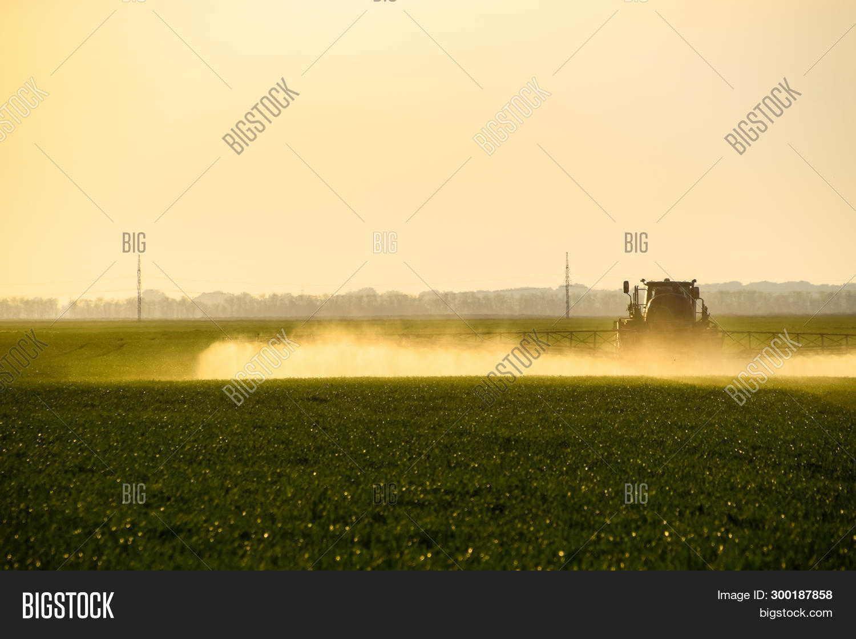 Tractor Help Sprayer Image & Photo (Free Trial) | Bigstock