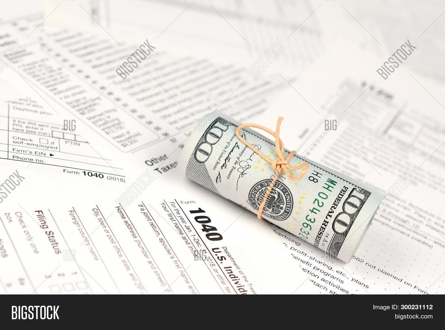 1040 Individual Income Image & Photo (Free Trial)   Bigstock