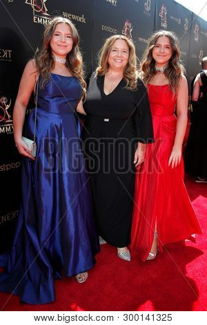 PASADENA - May 5: Bianca D'Ambrosio, Lisa D'Ambrosio, Chiara D'Ambrosio at the 46th Daytime Emmy Awards Gala at the Pasadena Civic Center on May 5, 2019 in Pasadena, California