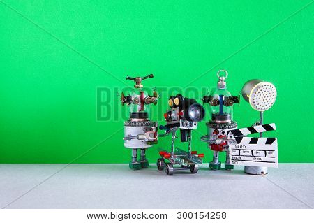 Funny Robot Cameraman Clapperboard Spotlight Assistant Shoots Dramatic Comedy With Elements Of A Hor