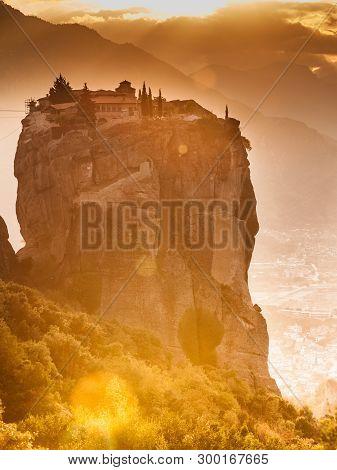 Monastery Of The Holy Trinity On Cliff. Greek Destinations. The Meteora Monasteries, Greece Kalambak