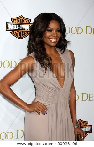 LOS ANGELES - FEB 14:  Gabrielle Union arrives at the