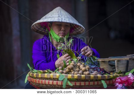 Hanoi , Vietnam - Sep 06 : Vendor In A Market In Hanoi Vietnam On September 06 2018. Markets In Hano