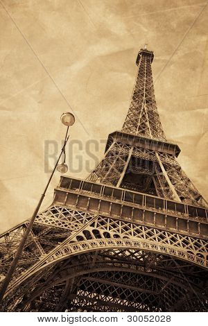 Eiffel Tower Old Style