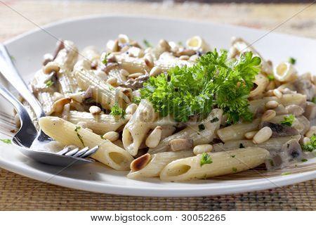 Vegetarian Pasta With Mushrooms