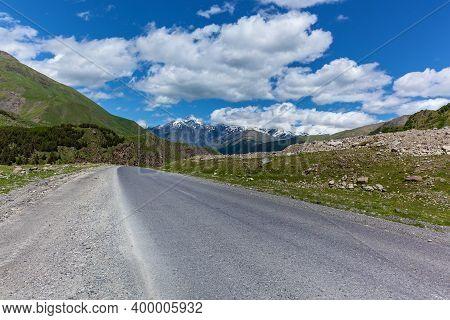 Georgian Military Road, Beautiful Mountain Scenery And Mountain Rivers Along It. Georgian Military R