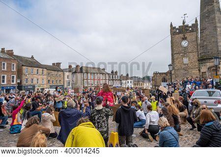 Richmond, North Yorkshire, Uk - June 14, 2020: Kneeling Protesters Gather At A Black Lives Matter Pr