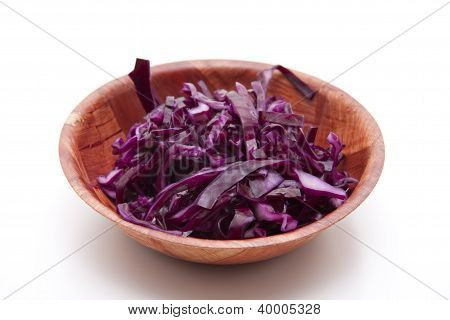 red cabbage in brown Bowl