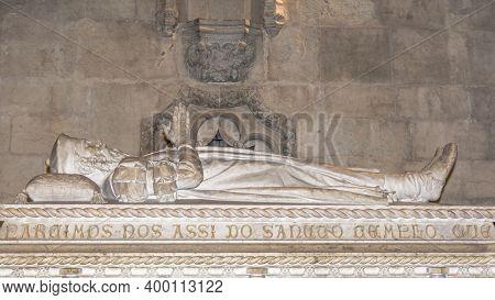 Lisbon, Portugal - March 5, 2016: Tomb Of Vasco Da Gama In The Jeronimos Monastery In Lisbon