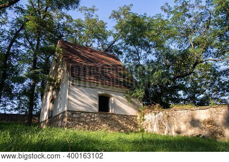 Beautiful Morgue At Abandoned Jewish Cemetery With Trees In Background, Czech Republic, Sunny Summer