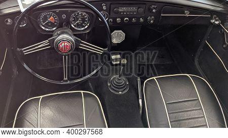 Bordeaux , Aquitaine  France - 12 15 2020 : Mgb Gt Interior Seat Dashboard Car Classic Morris Garage