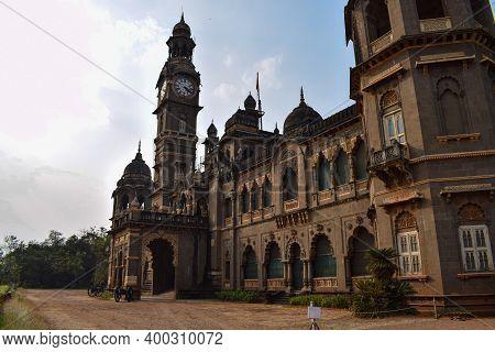 Kolhapur, Maharashtra, India-december 5th 2019;picture Of Popular Palace In Kolhapur City New Palace