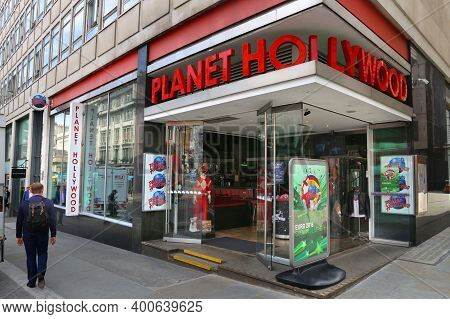 London, Uk - July 7, 2016: Planet Hollywood Restaurant In London. The Famous Hollywood Themed Restau