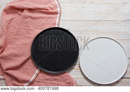Black And White Empty Plate Mock Up Top View On Wooden Table, Table Cloth Napkin Top View