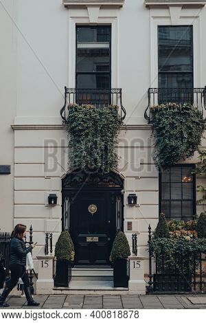 London, Uk - December 5, 2020: Facade Of Traditional House In Mayfair, An Affluent Area In The West