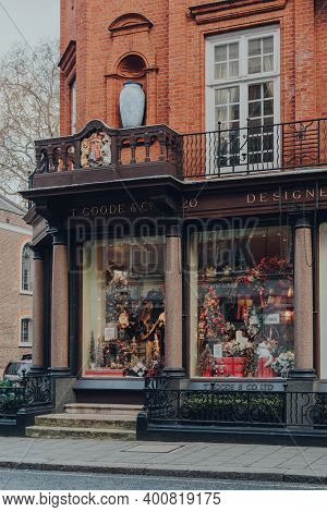 London, Uk - December 5, 2020: Christmas Decorations In The Window Display Of T. Goode Designers And