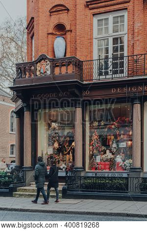 London, Uk - December 5, 2020: Christmas Decorations In The Windows Of T. Goode Designers And Co Sho