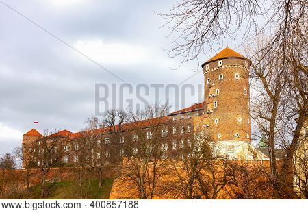 Cracow, Poland - December 7, 2017: The Wall And Ramparts Of The Royal Wawel Castle