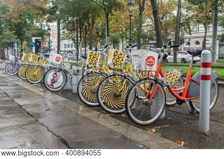 Vienna, Austria - August 30, 2020: Row Of Bikes At Bicycle-sharing Station (citybike Wien).