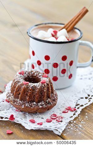 Little Gugelhupf And Hot Chocolate