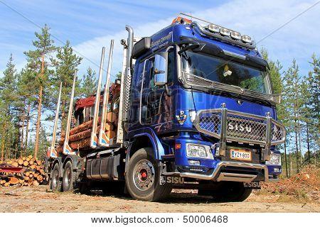 Sisu Polar Logging Truck