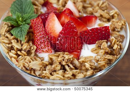 Fresh Yogurt and fruit parfait