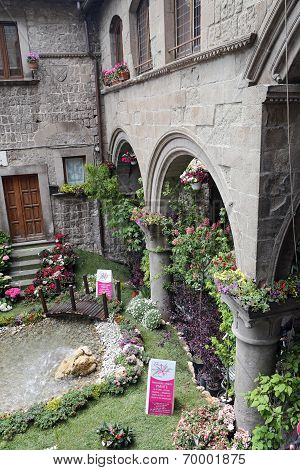 """Viterbo, Italy, May 4, 2014: Exhibition """"san Pellegrino In Fiore In Viterbo."""" The Event In San Pelle"""