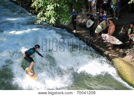 River Surfers, Germany