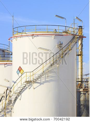 Rfm Extract Chemicals Tank Strorage In Petrochemical Refinery Plant Use As Industry Scene Background