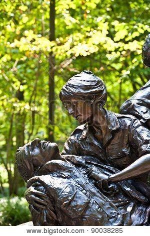 Memorial Statues To Vietnam War Women Nurse