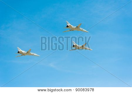 MOSCOW - MAY 7: Jet fighters participate at last rehearsal of the parade dedicated to the 70th anniversary of the victory in the Second World War in Red Square on May 7, 2015 in Moscow