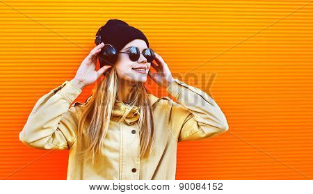 Portrait Pretty Woman Wearing A Black Hat And Headphones Listens To Music Enjoys Freedom, Cool Hipst