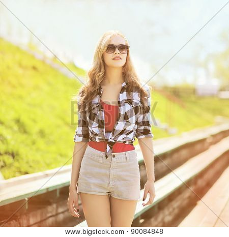Sunny Portrait Of Stylish Pretty Woman In Sunglasses Outdoors