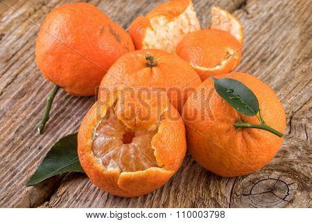 Tangerines Mandarines Fruits on Old Wood