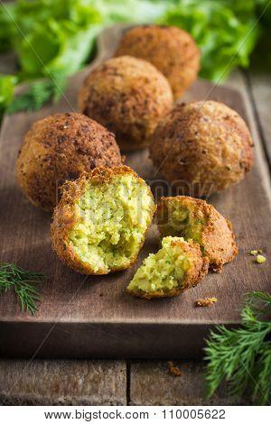 Vegetarian Falafel  With Tzatziki Sauce