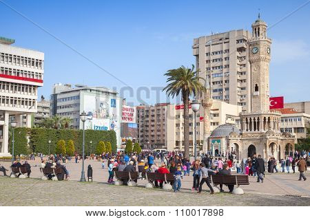 Konak Square, Crowd Of Walking People. Izmir
