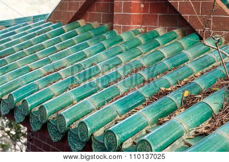 Green Chinese tiles