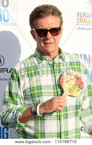 LOS ANGELES - JUL 30:  Alan Thicke at the Clayton Kershaw's 3rd Annual Ping Pong 4 Purpose at the Dodger Stadium on July 30, 2015in Los Angeles, CA
