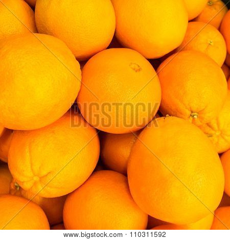 Oranges - Pile Of Oranges / Stack Of Oranges