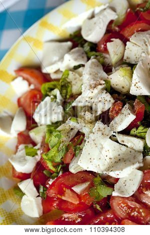Salad With Tomato And Fetta