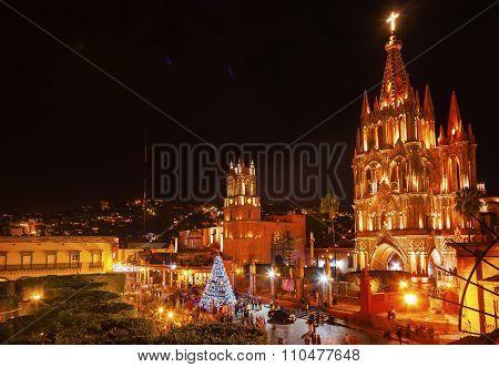 Parroquia Jardin Archangel Church Night San Miguel De Allende Mexico