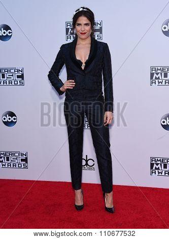 LOS ANGELES - NOV 22:  Karla Souza arrives to the American Music Awards 2015  on November 22, 2015 in Los Angeles, CA.