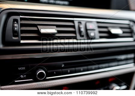 Air Conditioning And Car Ventilation System With Details Of Mod