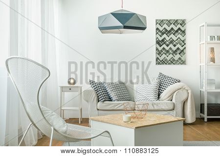 Bright Room Arrangement