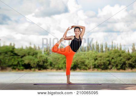 Yoga Woman - Relax