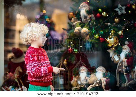 Kids Window Shopping. Christmas Presents. Xmas Gifts.