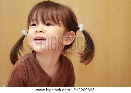 cute smiling Japanese girl (3 years old)