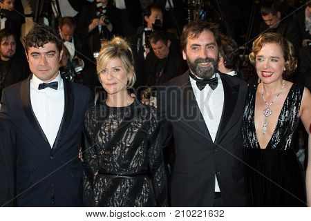 CANNES, FRANCE - MAY 19, 2016: R. Scamarcio, M. Fois, S. Mordini, V. Golino  attend the 'It's Only The End Of The World (Juste La Fin Du Monde)'  premiere during the 69th annual Cannes Film Festival
