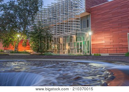 Los Angeles, Ca/usa - June 28, 2016: Waterworks Down, The Inverted Fountain At The University Of Cal